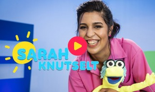 Sarah knutselt