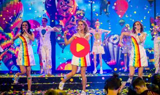 Het Gala van de Gouden K's 2015: K3 - 10.000 luchtballonnen
