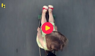 voertuigen: skateboard meisje