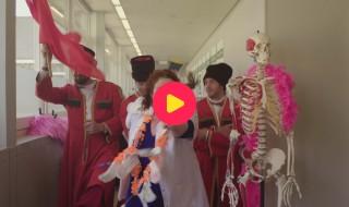 De dokter Bea show: Een liedje over menstruatie