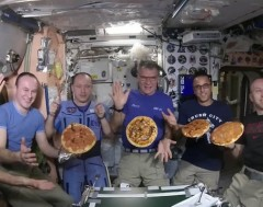 Karrewiet: Zwevende pizza's