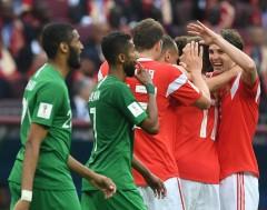 Karrewiet: Rusland wint openingsmatch WK