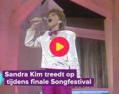 Karrewiet: Sandra Kim treedt op tijdens finale songfestival