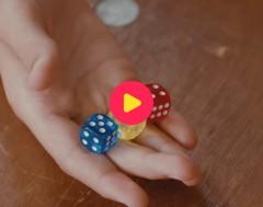 Trix: De truc met de magische dobbelsteen