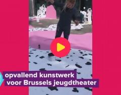 Karrewiet: gigantisch ijsje kleurt Brussel