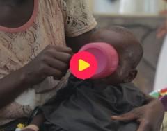 Karrewiet: Er sterven nog te veel kinderen door een longontsteking