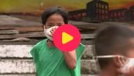 jongen met mondmasker