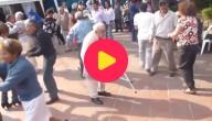 oude man danst