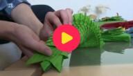 Een groene draak in origami