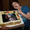 Hey daar, ik ben Pieter! Mijn allergrootste voorbeeld is Lady Gaga, wat een geweldige taart! Eum, ik bedoel zangeres!