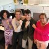 <p>Modegoeroe Jani en zijn collega's bewijzen dat stippen zetten super fashionable is!</p>