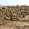 Resultaat van de opgraving: veel zand verplaatst. Vroeger was hier een groot meer.