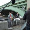 Onze eerste filmplek is deze, onder een mooie brug.