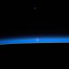 's Nachts is de aarde volgens hem het mooist.