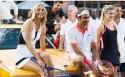 Karrewiet: tennissterren spelen op straat