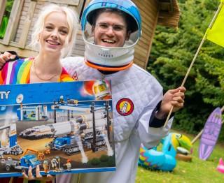 Win een zotte maanraket-bouwdoos